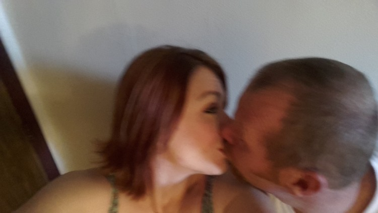 Kinky couple looking for well hung!