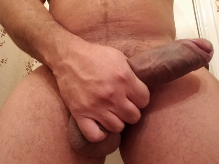 Looking for fun with female or couple