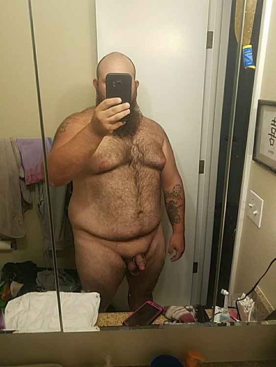 Looking for couple or lady